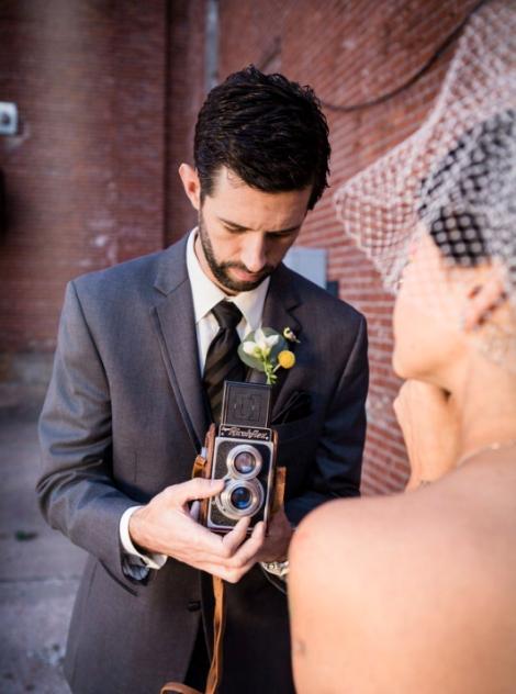 WEDDINGESSENTIALSMAGAZINE