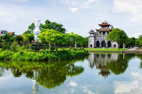 Vietnam Catedral Phat Diem