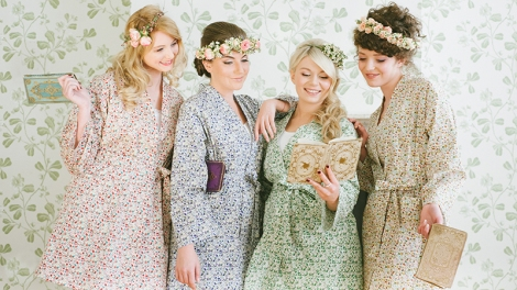 TOP 10 GIFTS FOR YOUR BRIDESMAIDS