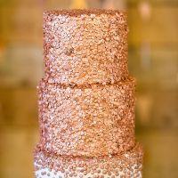 El pastel de boda.