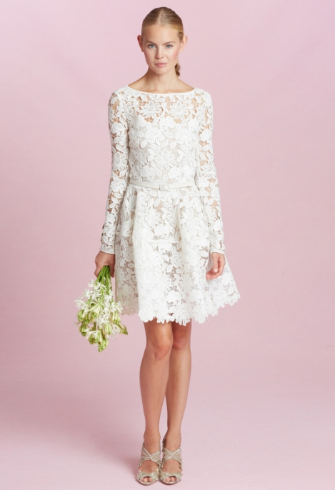 oscar-de-la-renta-short-lace-wedding-dress-03