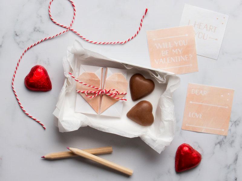 Surprise_Heart_Box_Post_04
