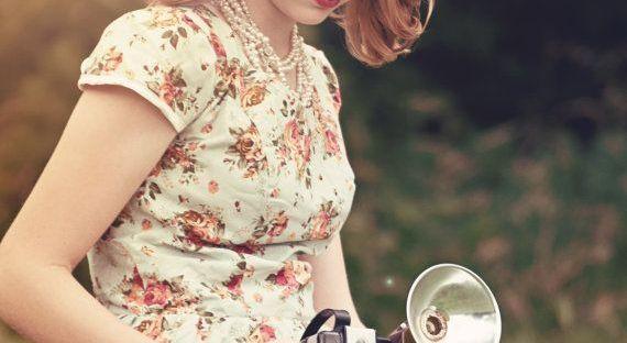 de8c06b2d 10 ideas de vestidos florales para damas de honor – Burgos Nupcial
