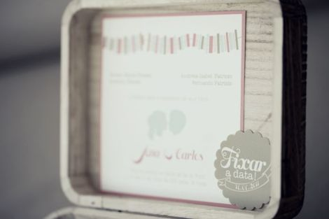 romantic-boxed-interactive-wedding-invitation__full